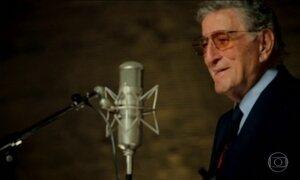 Tony Bennett completa 90 anos como uma lenda viva da música