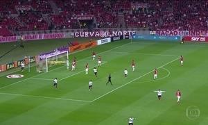 São Paulo vence Cruzeiro e se afasta da zona de rebaixamento do Brasileirão