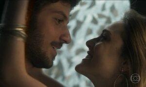 Veja como a trilha sonora da novela Lei do Amor interfere na trama
