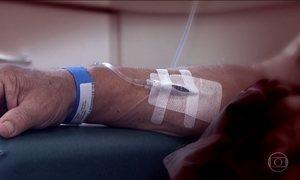 Jornal Hoje mostra a rotina de quem precisa viajar para fazer quimioterapia