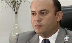 Dois ex-governadores são investigados por suspeita de fraudes em licitações