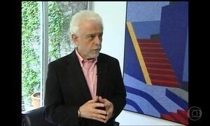 Corpo do psiquiatra Flávio Gikovate é cremado em SP