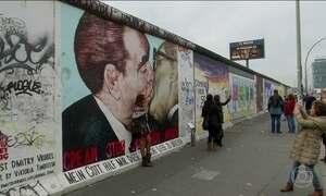 Berlim mantém tradição de grafite e hoje é uma galeria a céu aberto