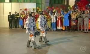 Astronautas começam missão mais longa do Programa Espacial da China