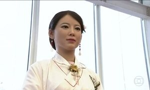 Robôs chamam a atenção durante evento em Pequim, na China