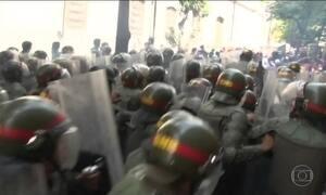 Policial morre e 2 ficam feridos em atos contra o governo da Venezuela