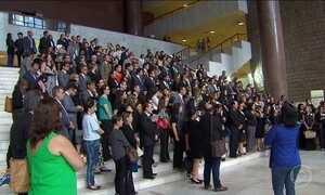 Procuradores da Justiça, juízes e promotores de Justiça fazem manifestação