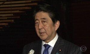 Primeiro-ministro japonês anuncia visita à base naval do Pearl Harbor