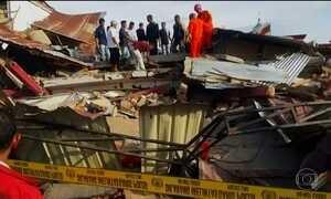 Terremoto atinge Indonésia e equipes de resgate buscam sobreviventes
