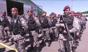 Avião com agentes da Força Nacional chega a Boa Vista