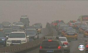 Prefeito de Pequim anuncia meta da qualidade do ar para 2017