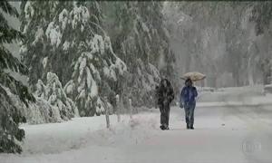 Tempestade de gelo causa mortes nos EUA