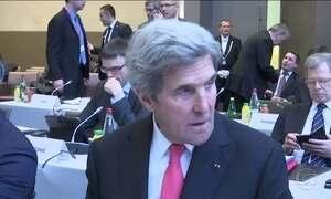 Kerry corre para reforçar diplomacia antes da posse de Trump