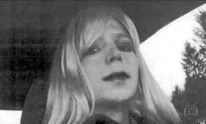 Obama comuta pena e militar transgênero será libertada