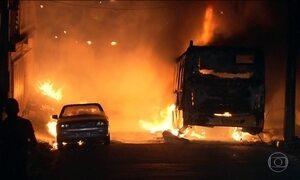 Ônibus são incendiados na região metropolitana de Belo Horizonte
