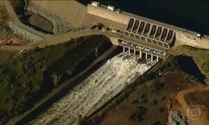 Mais de 180 mil pessoas retornam para casa após controle de represa nos EUA