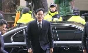 Herdeiro da Samsung é preso em Seul, na Coreia do Sul