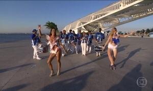 Estrangeiras aproveitam o carnaval no Rio com muito samba no pé