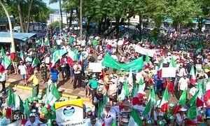 Milhares de agricultores protestam contra a reforma da Previdência no RS