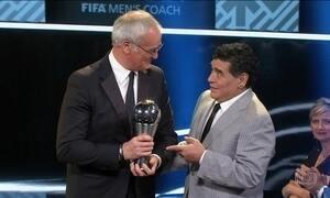 Leicester demite técnico eleito o melhor do mundo pela Fifa