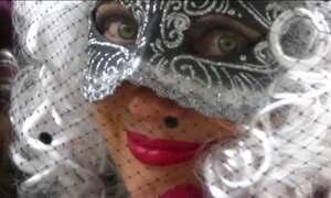 Carnaval em Veneza tem a vaidade como tema