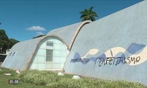 Vândalos picham igreja de São Francisco de Assis em MG