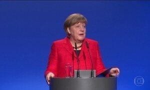 Merkel pode perder eleição devido à política de imigração da Alemanha