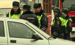 Na Rússia, policiais prendem mais 3 suspeitos de ligações com o atentado no metrô