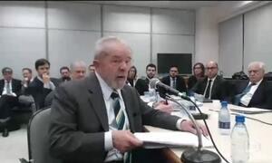 Moro interrompe Lula e adverte que depoimento não é programa eleitoral