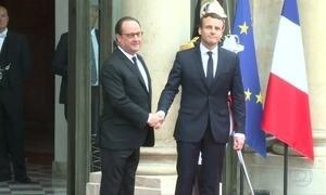 Emmanuel Macron, novo presidente francês, toma posse