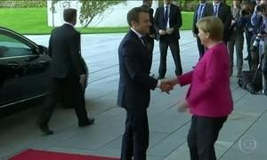 Macron indica um conservador para o cargo de primeiro-ministro