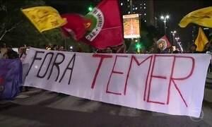 Manifestantes fazem protesto na Avenida Paulista, em São Paulo