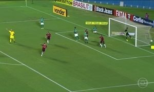 Três jogos movimentaram a noite de sexta-feira (26) pela Série B do Campeonato Brasileiro