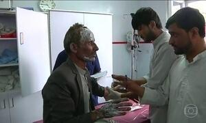 Série de explosões em funeral deixa sete mortos e cem feridos em Cabul, no Afeganistão