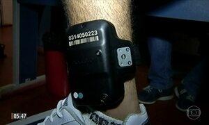 Dívida causa suspensão de serviço de monitoramento de tornozeleira eletrônica em GO