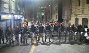 Reintegração de posse no centro de Porto Alegre é marcada por confusão