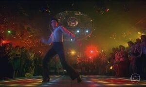 """Pista de dança de """"Os embalos de sábado à noite"""" vai a leilão nesta terça"""
