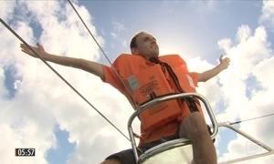 Deficientes visuais velejam em Florianópolis
