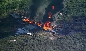Queda de um avião militar mata 16 pessoas nos EUA