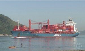 Justiça determina parar a retirada de sedimentos do canal de navegação do Porto de Santos