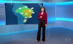 Pode chover em grande parte do país nesta terça-feira (15)