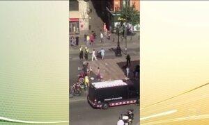 Polícia trata atropelamento em Barcelona como ataque terrorista
