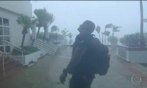 Furacão Maria é rebaixado à categoria 2, mas ainda ameaça o Caribe