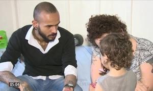 Pais acusam taxistas de se recusar a levar menino de dois anos ao hospital em SC
