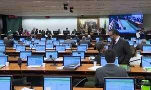 Câmara dos Deputados notifica ainda nesta quarta (27) Michel Temer