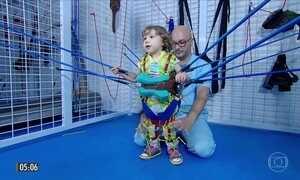 Médica testa terapia para melhorar a qualidade de vida de crianças com microcefalia