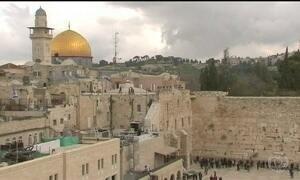 Donald Trump quer mudar embaixada americana de Tel Aviv para Jerusalém