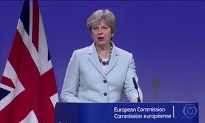 Theresa May anuncia conclusão da primeira fase de negociações sobre o Brexit