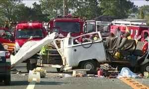 Três presos morrem em acidente na rodovia SP-101 em Capivari (SP)