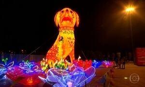 Chegada do ano novo lunar foi comemorada em diversos países da Ásia